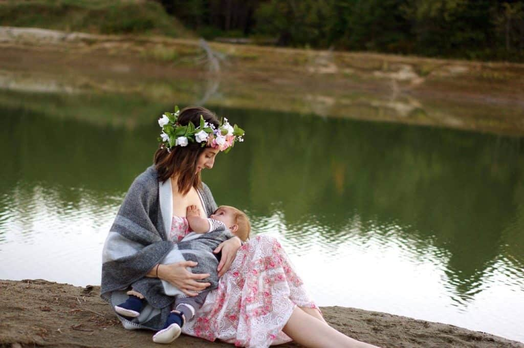 Breastfeeding Essential Every New Mom Should Have