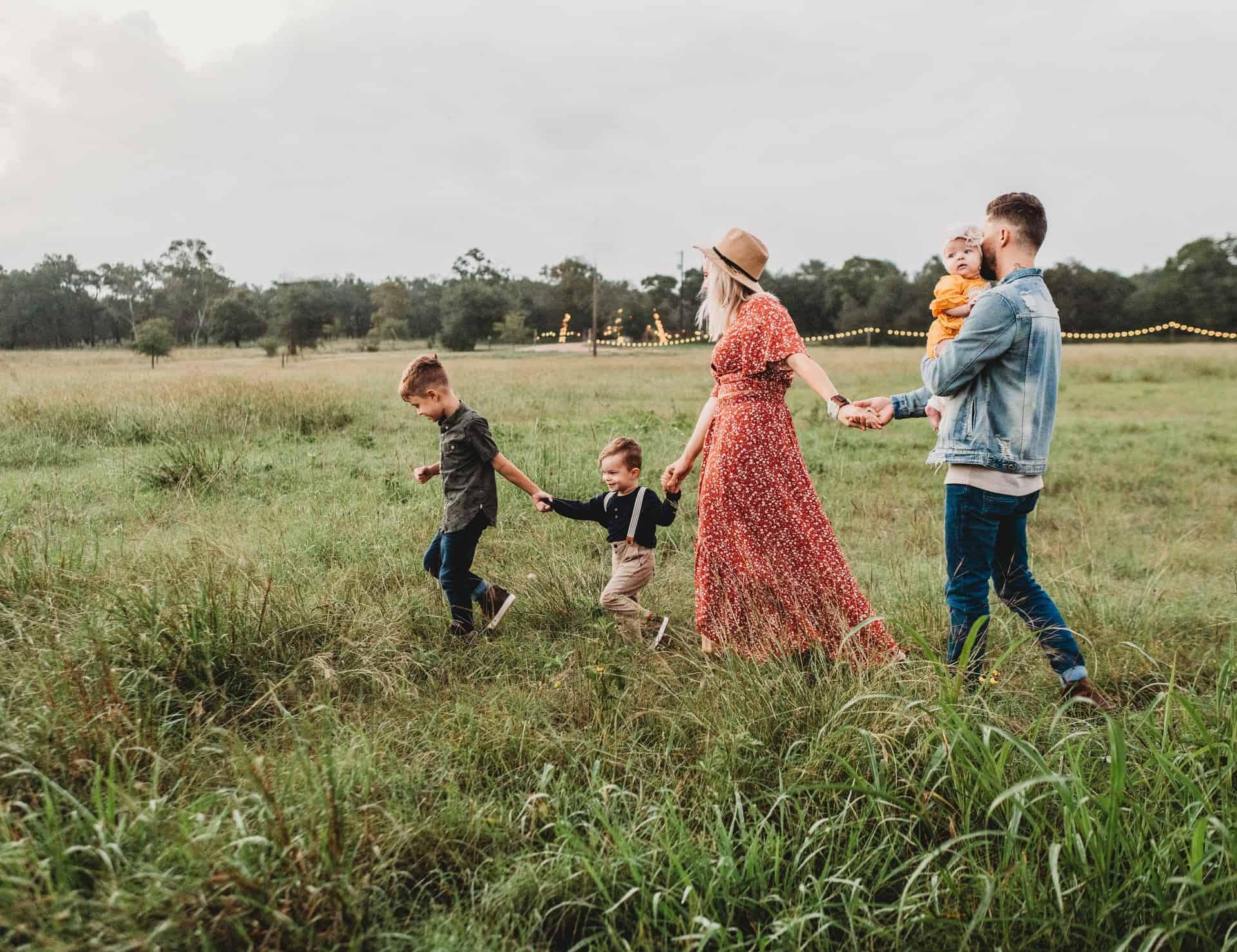 Tips For A Happier Family - What To Do To Make Your Family Happy